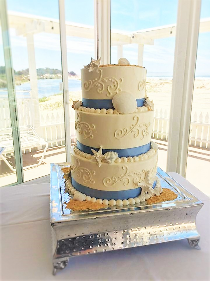 """3 tiered (short): 8"""" / 10"""" / 12"""" piping"""