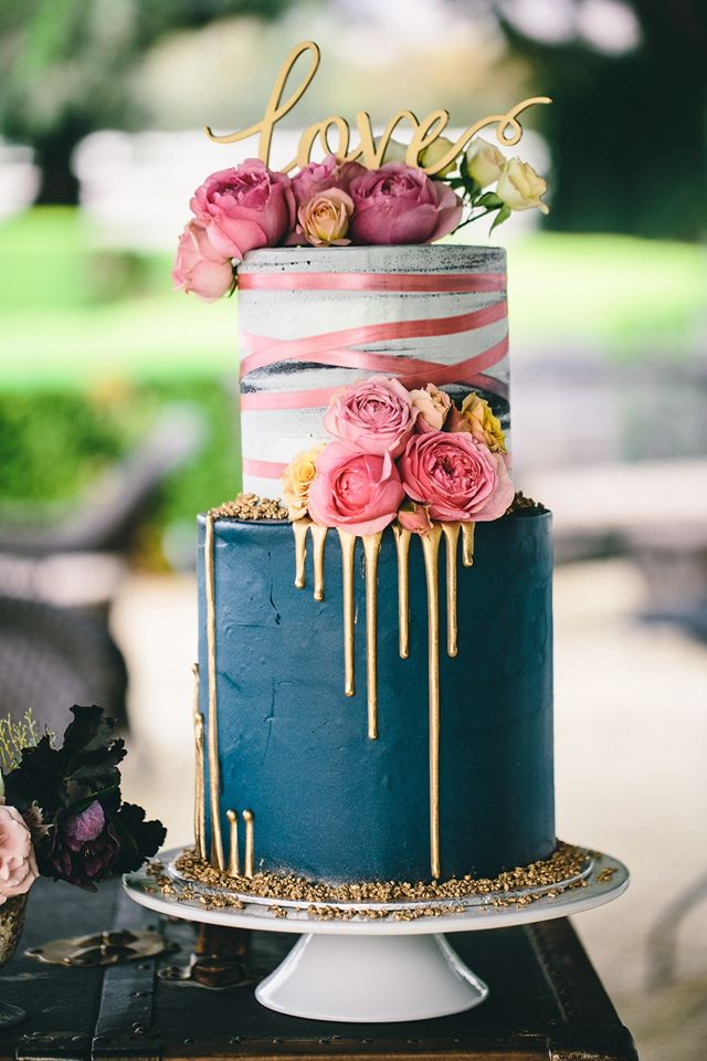 """2 tiered: 6"""" / 8"""" tall ribbon and gold drips up/down"""