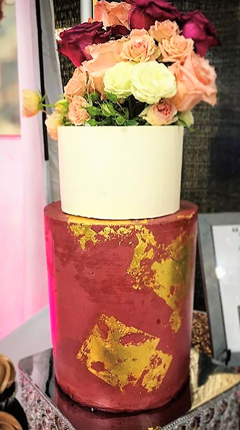 """2 tiered: 6"""" short classic simple  / 8"""" tall maroon with gold leaf"""